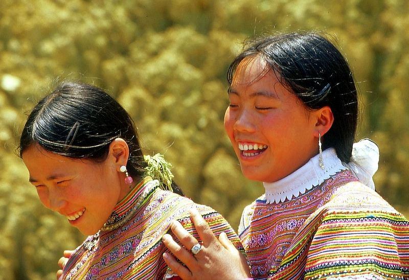 Flower Hmong , Can Cau Markt