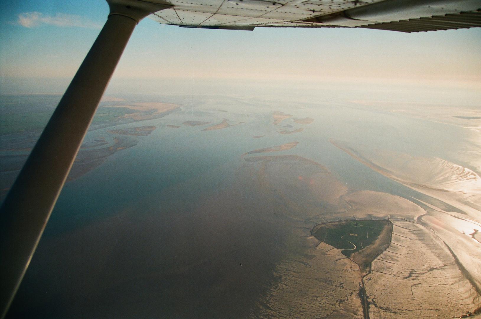 Flug über das Wattenmeer