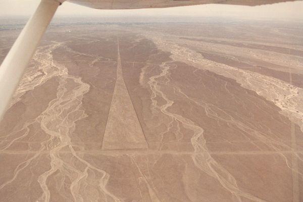 Flug über Nazca / Peru