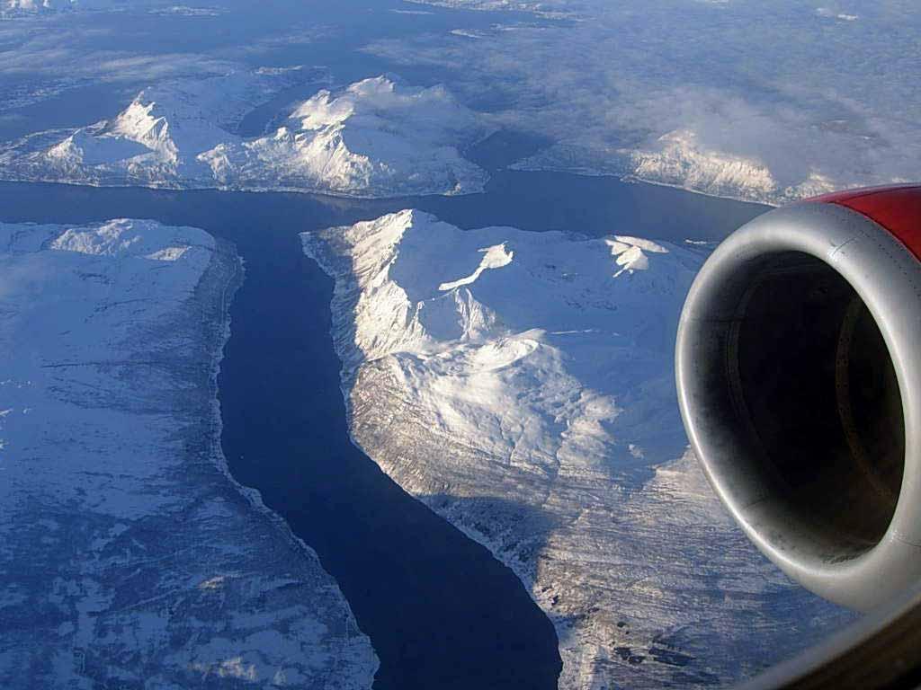 Flug von Tromsö nach Oslo
