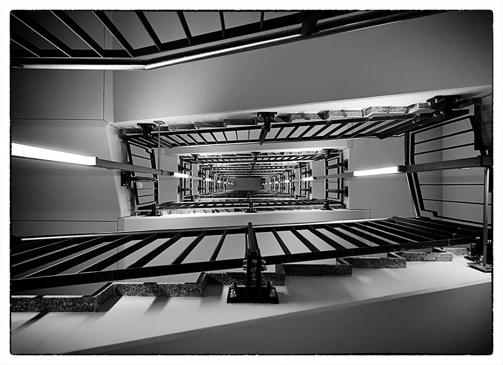 Flughafen Frankfurt - The Squaire - Stairway