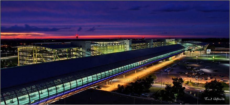 Flughafen Leipzig-Halle - Mall und Check-In