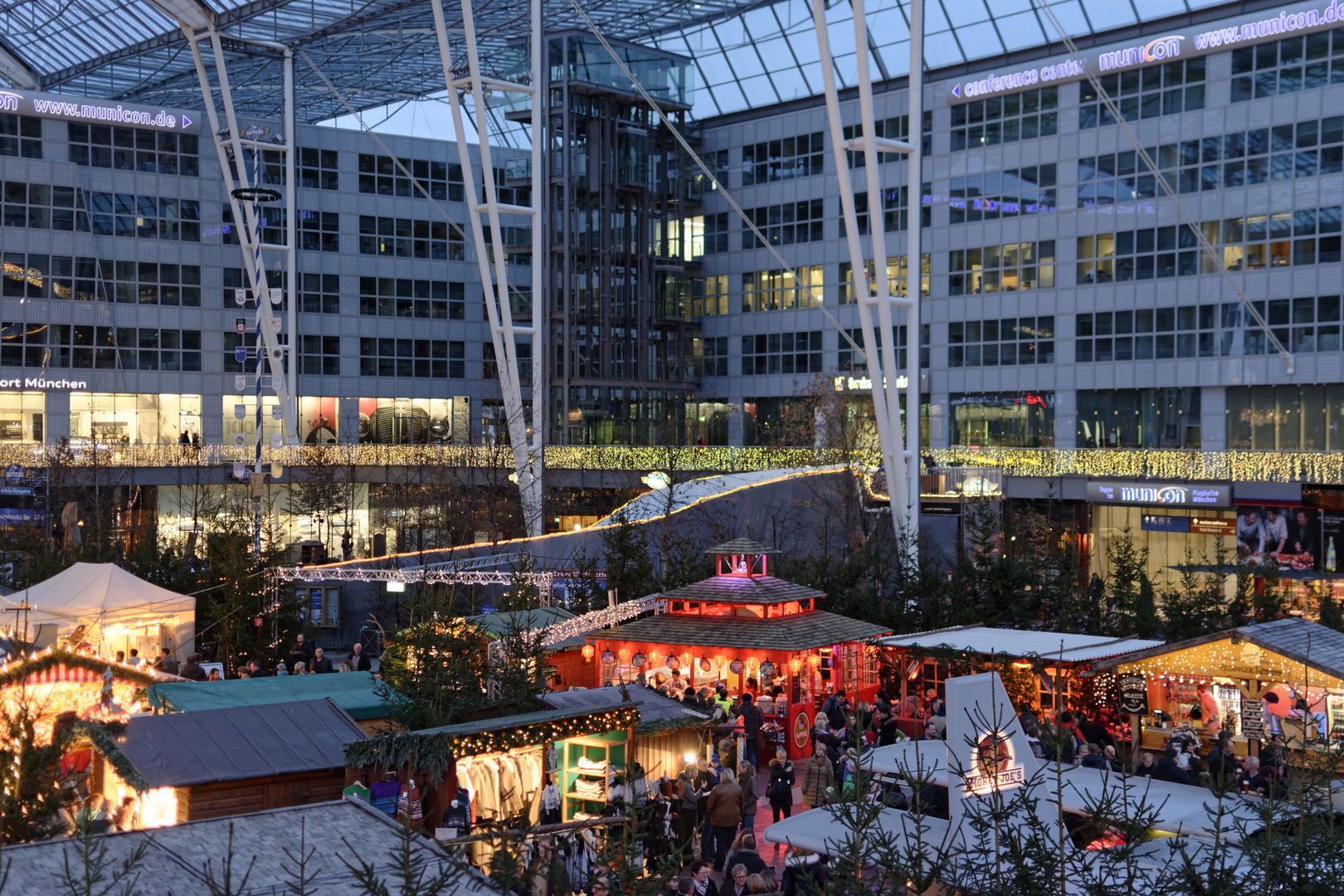 Weihnachtsmarkt München Flughafen