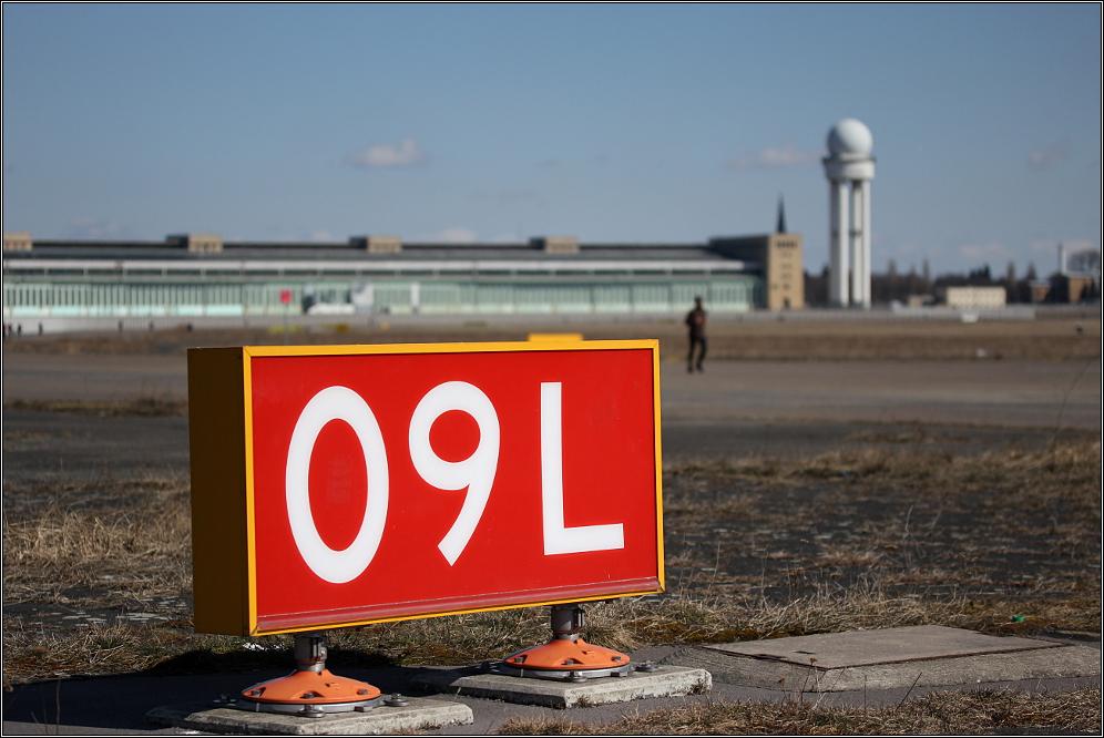 Flughafen Tempelhof - Startbahn 09L