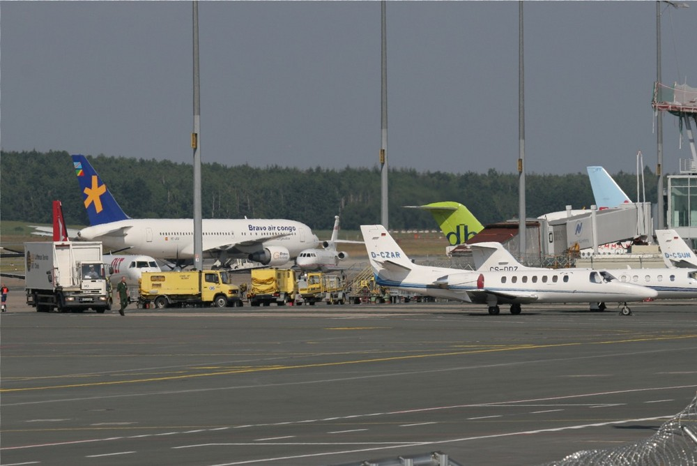 Flughafen während der Fußball WM 2006 in Nürnberg
