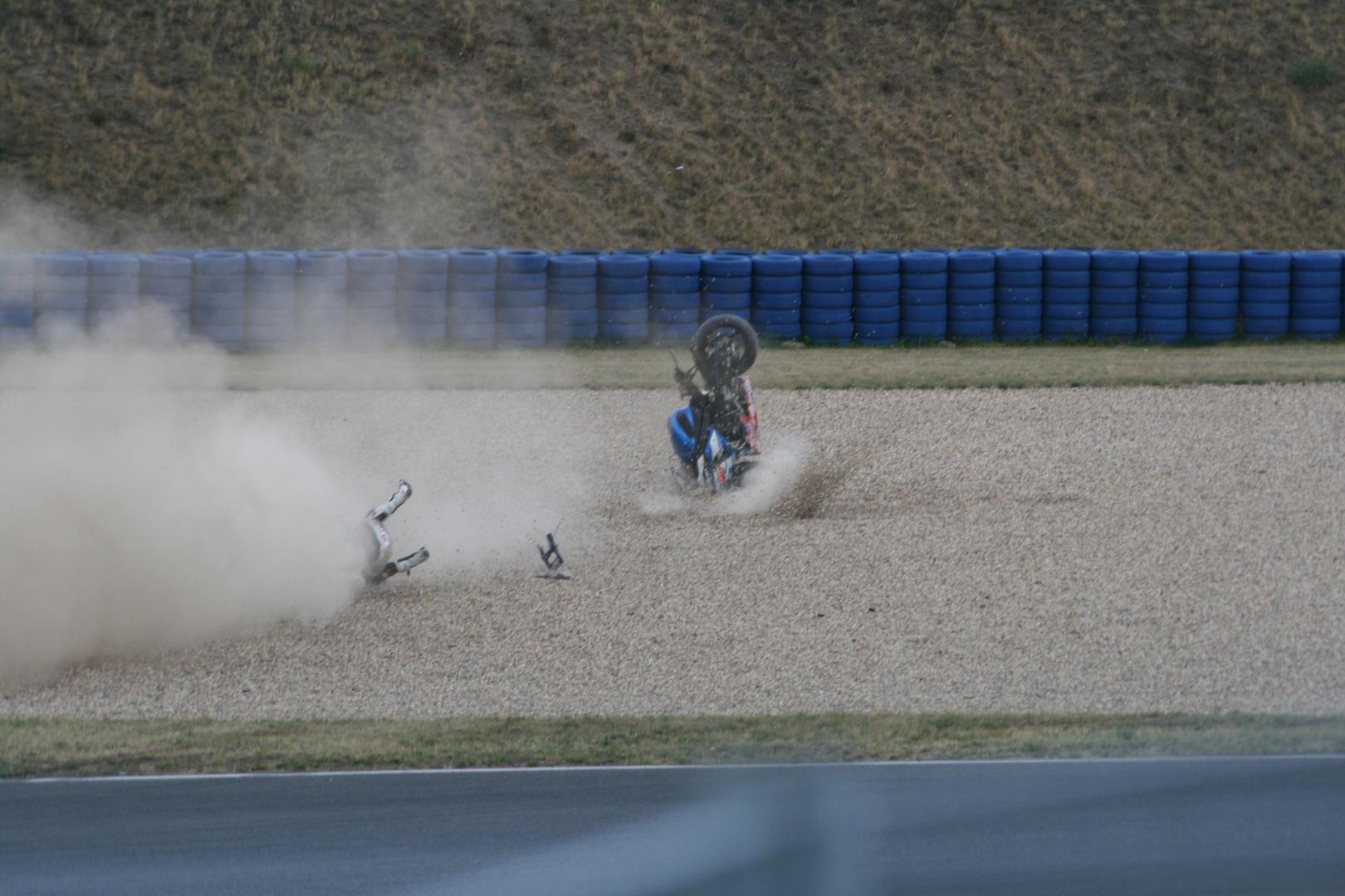 Flugphasen eines Motorradrennfahrers
