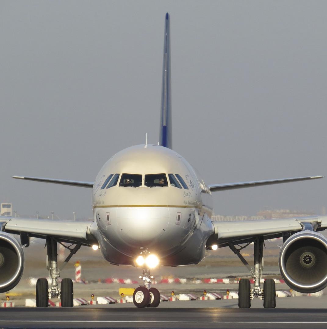 Flugzeug im Anrollen !