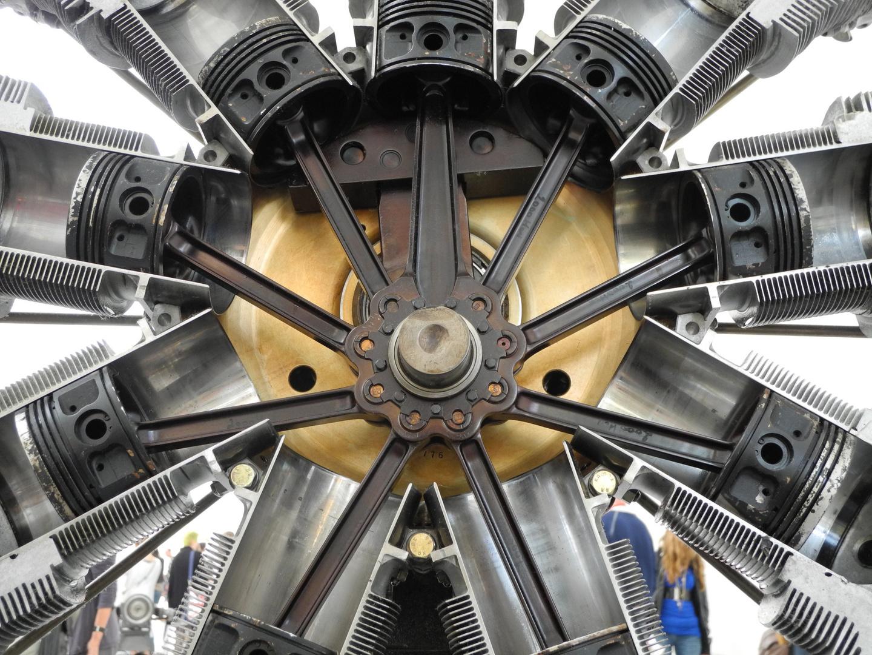 Flugzeug Sternmotor - Detail - Schnitt