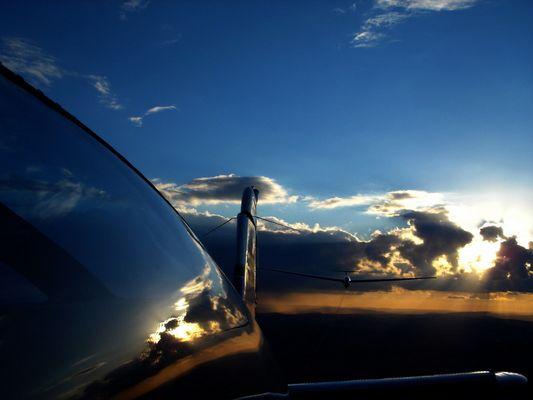Flugzeugschlepp Ask 21
