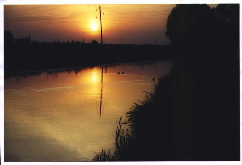 Fluß am Abend