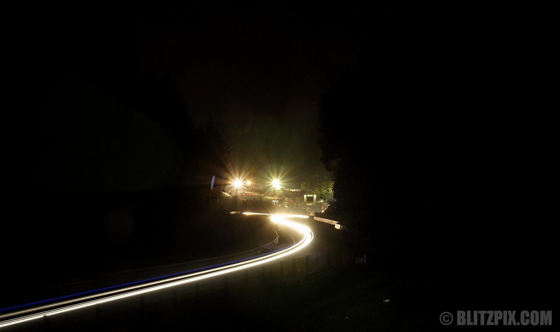 """"""" Fluss aus Licht """""""
