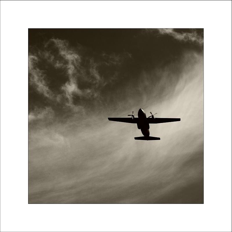 ---*- fly away -*---