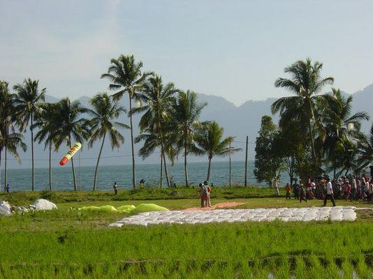 Fly in Maninjau