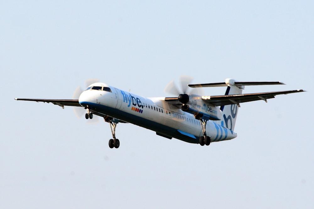Flybe Dash 8, G-JEDL, 2 von sohvimus. Flybe's De Havilland Dash 8, G-JEDL