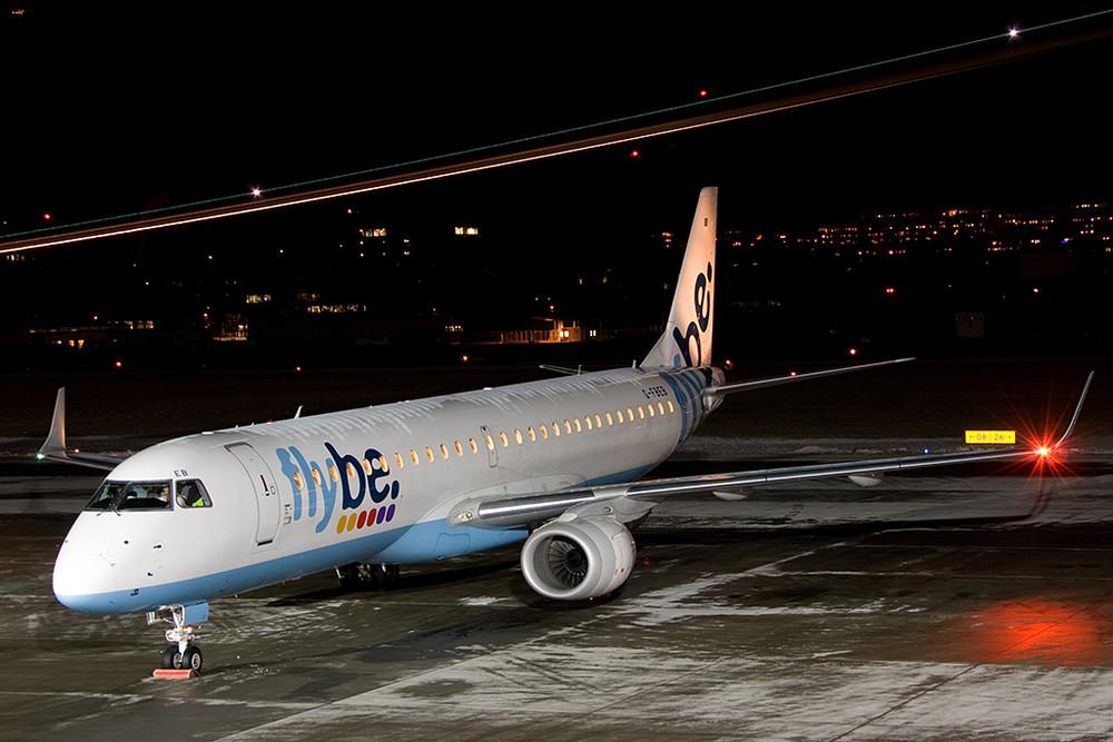 Flybe mit E-190 in Innsbruck !!