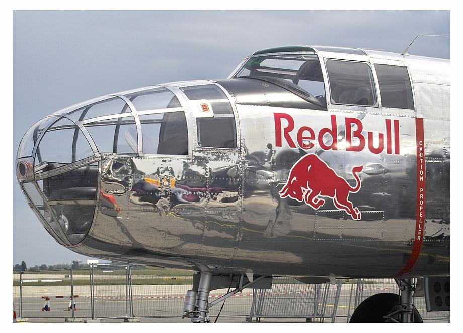 Flying Bulls - North American B-25J Mitchell