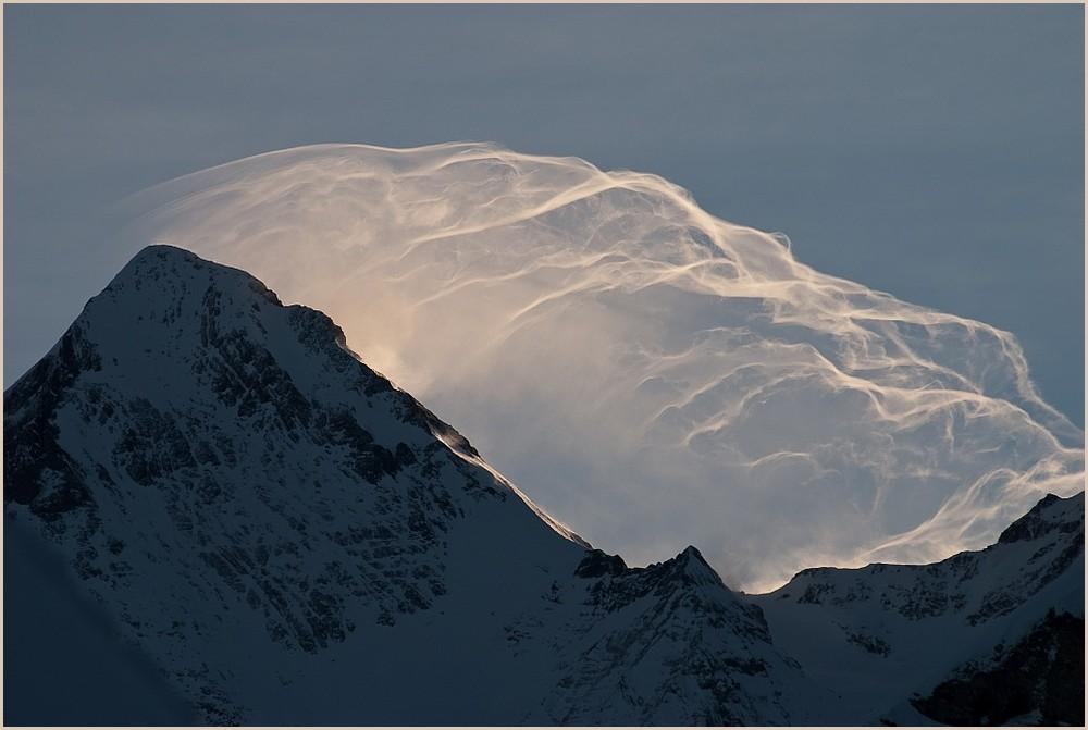 Föhnwolken über dem Eiger