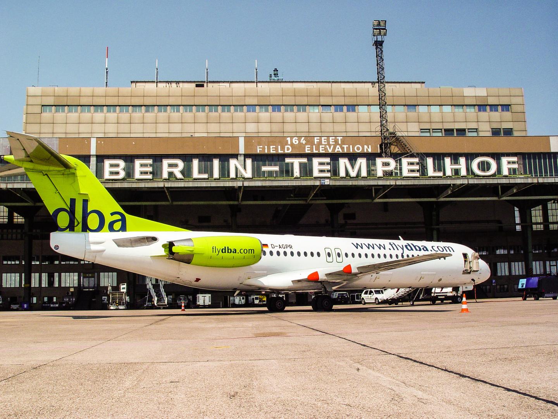 Fokker 100 Airport Berlin Tempelhof