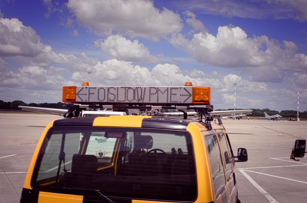 Follow-Me Fahrzeug