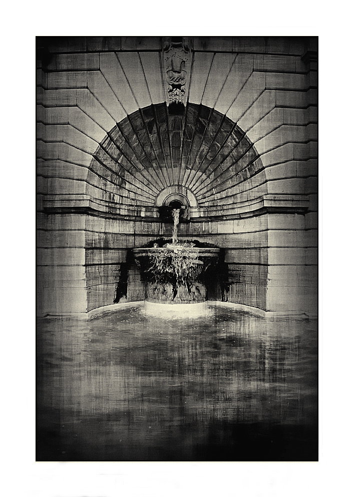 Fontaine à Paris
