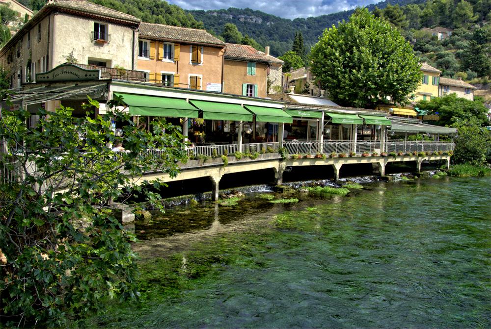 Fontaine-de-Vaucluse 01