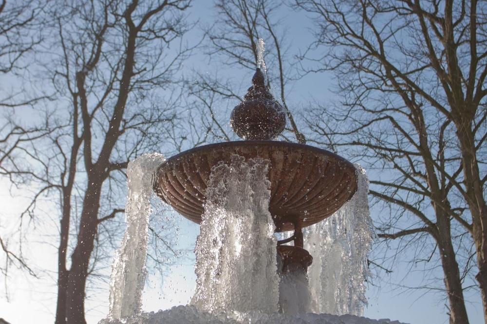 fontaine, j'aimerais bien boire de ton eau