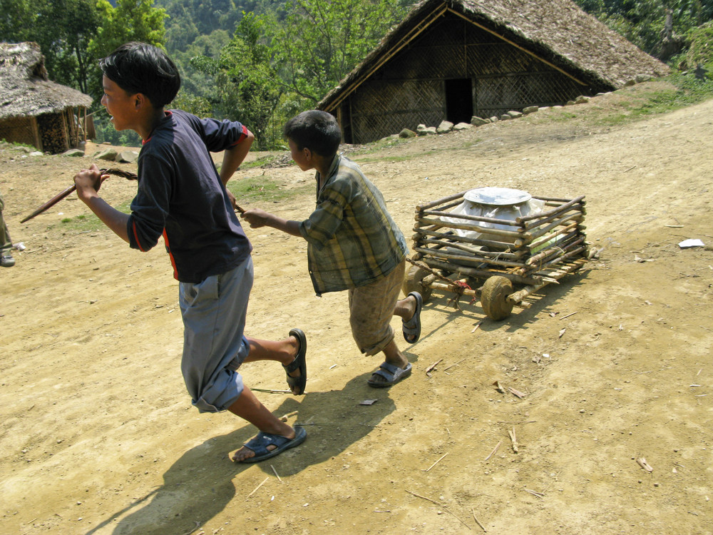 Food delivery in Longwah, Nagaland, India
