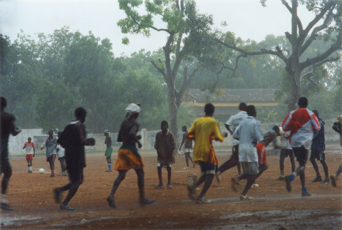 Football under the rain - Thiès