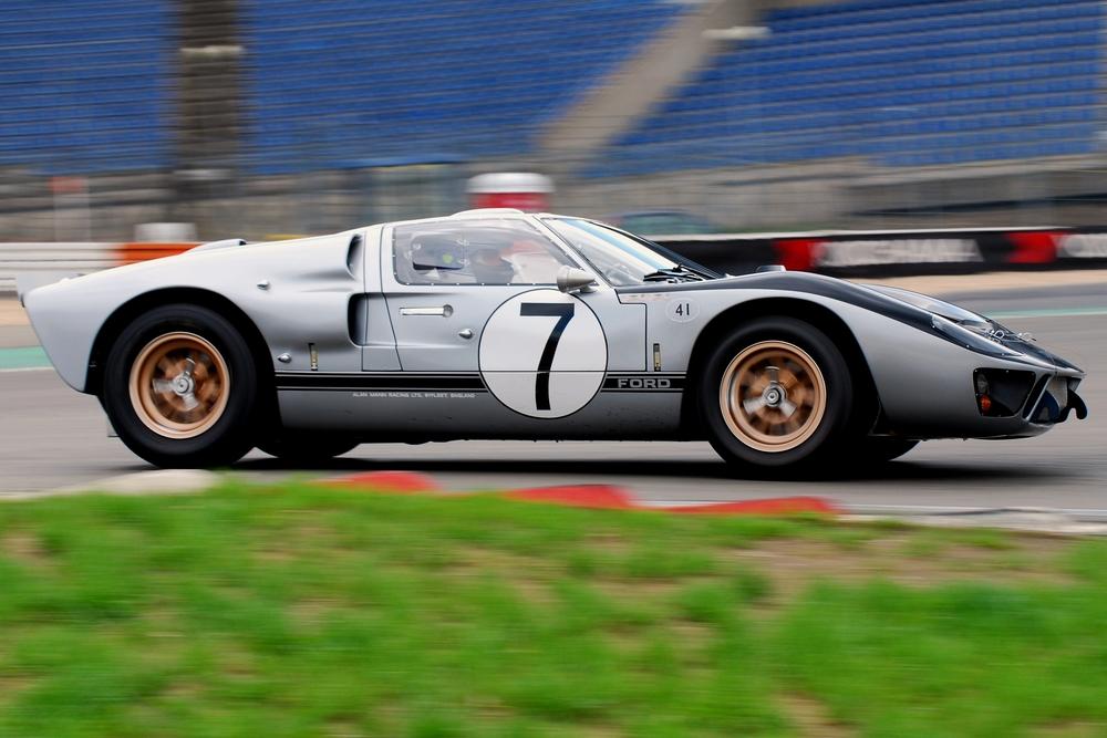 Ford GT40, MkII 1966 24h Le Mans Alan Mann Racing #7 Hill / Muir