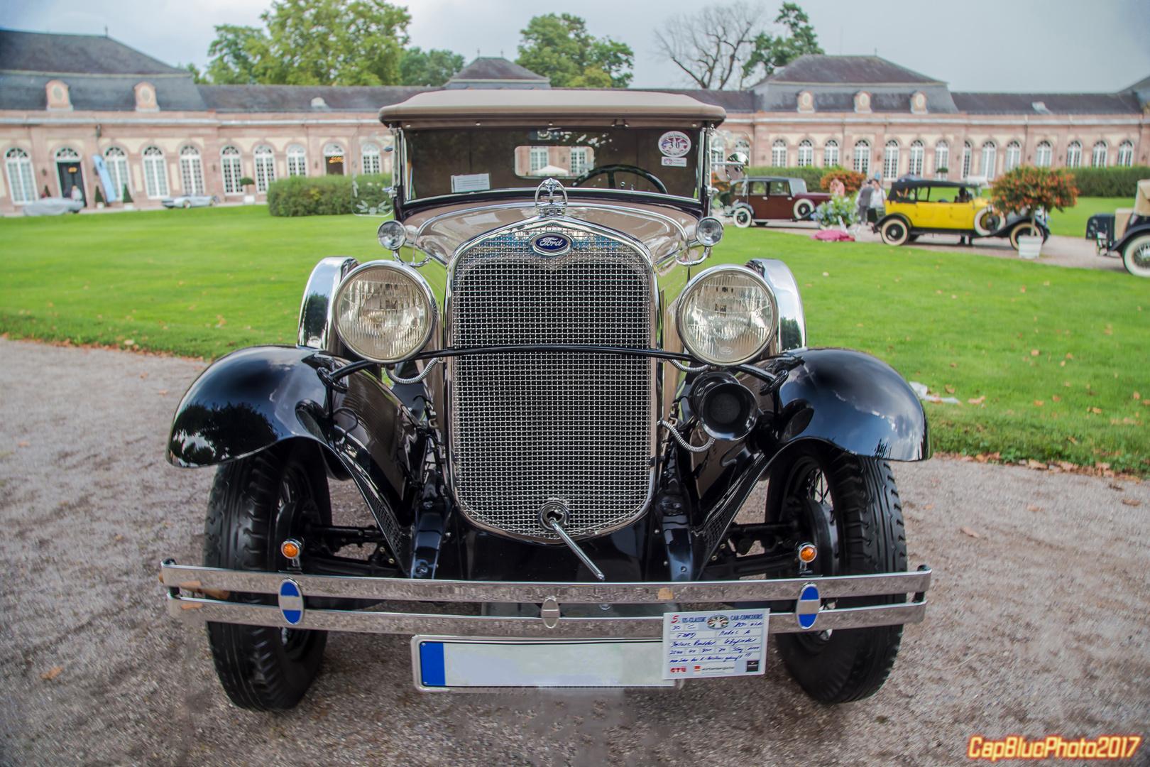 Ford Modell A Deluxe Roadster 1930 bei Classic Cars Schwetzingen