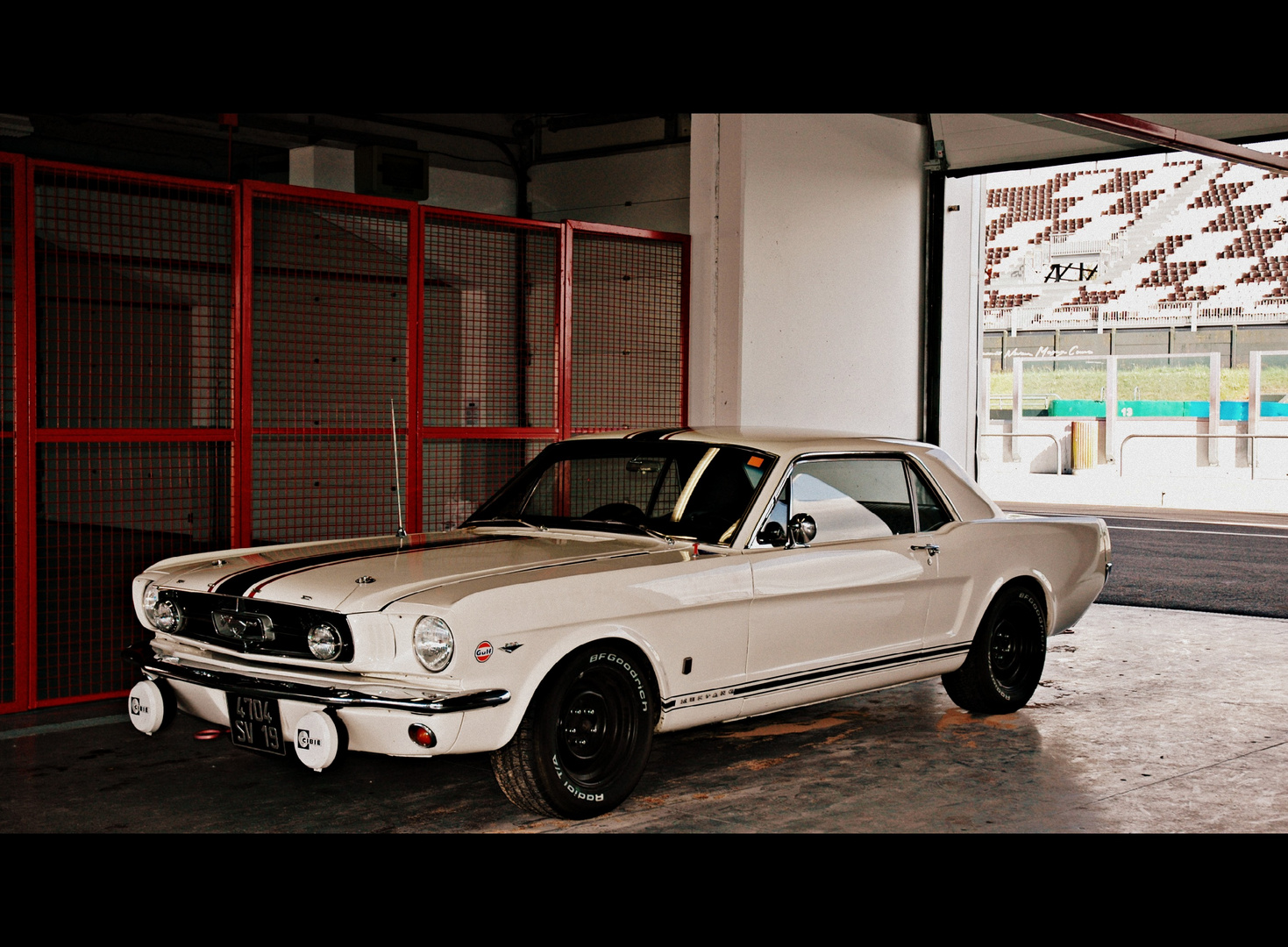 Ford Mustang - Classic Days