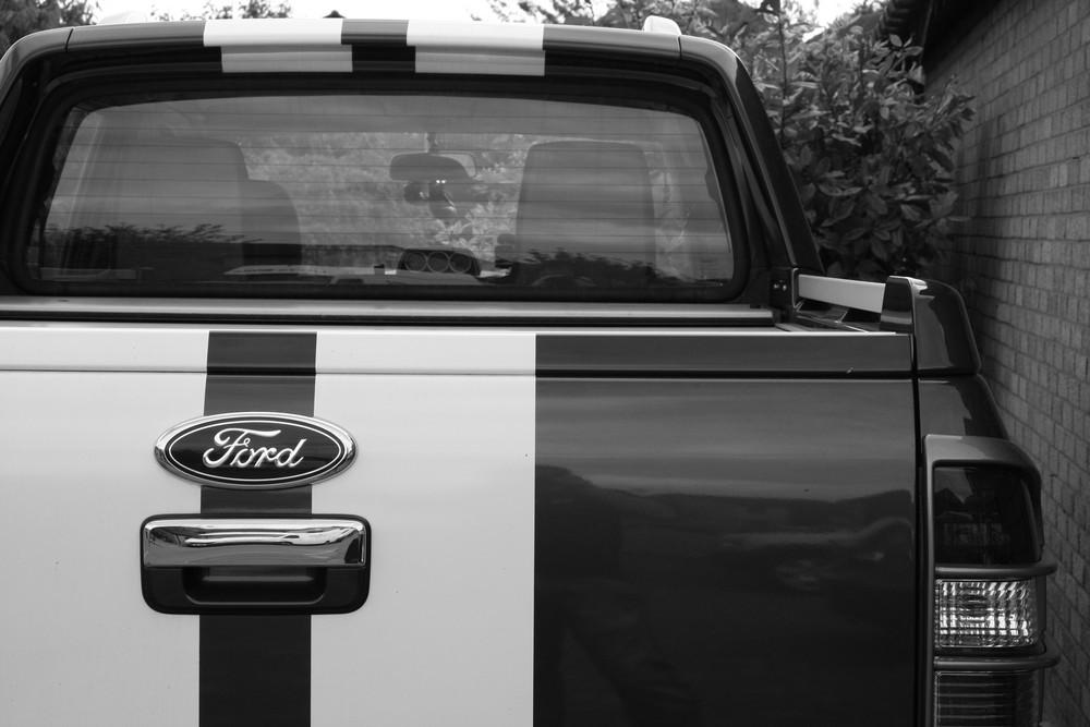 ford ranger back end