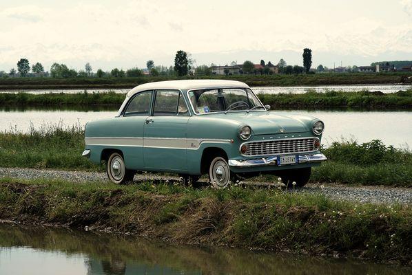 Ford Taunus 12m. Ricordi di giovinezza.