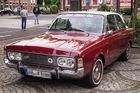Ford Taunus 2000S beim Oldtimertreffen in Wegberg