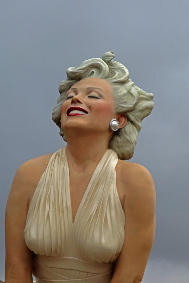 """""""Forever Marilyn"""""""