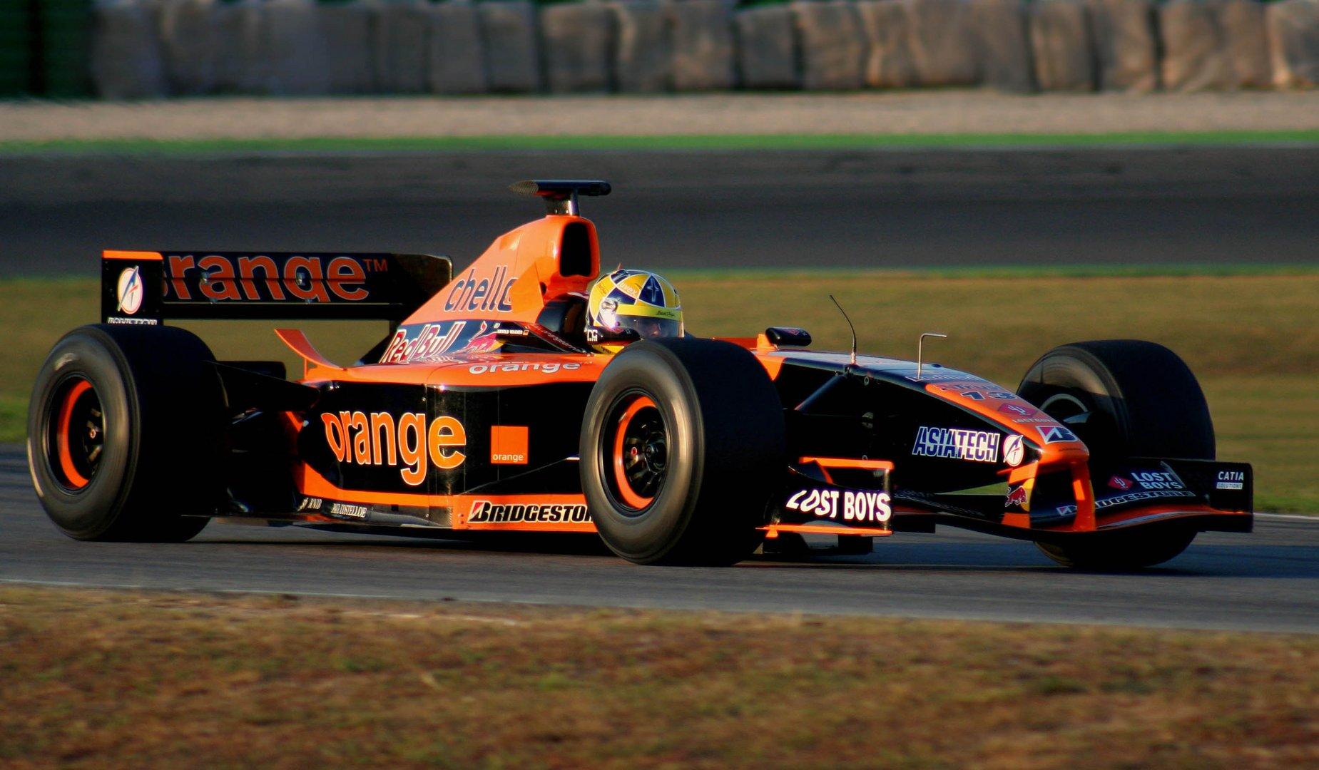 Formel 1 - Rennwagen im Abendrot