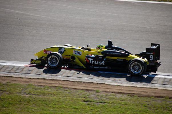 Formel3000