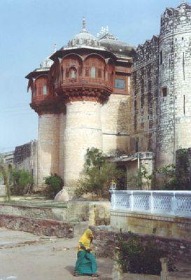 Fort Khejarla near Jodhpur - Now a Palace Hotel!