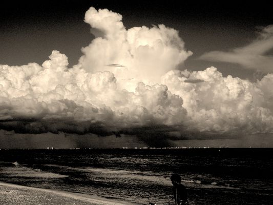 Fort Myers Cloud, Florida