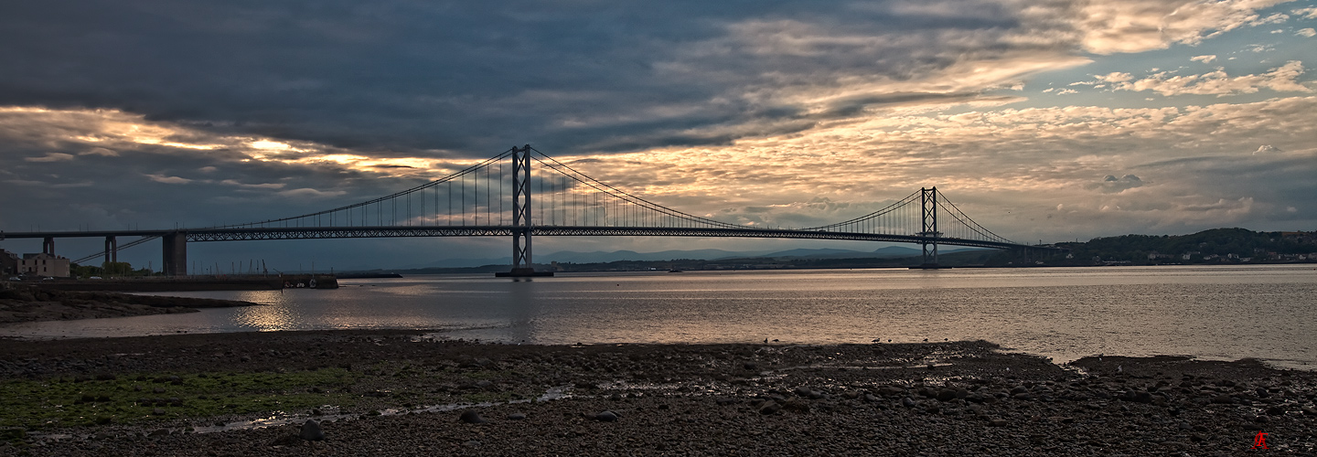 - Forth Road Bridge -