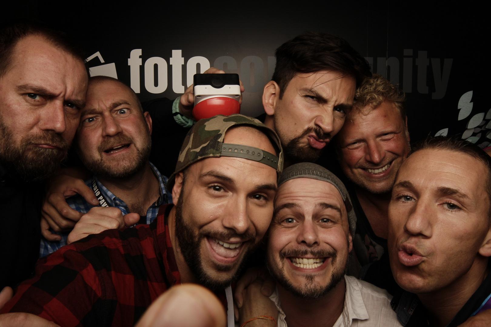 fotocommunity-Standparty – die VIPs in der Photobooth