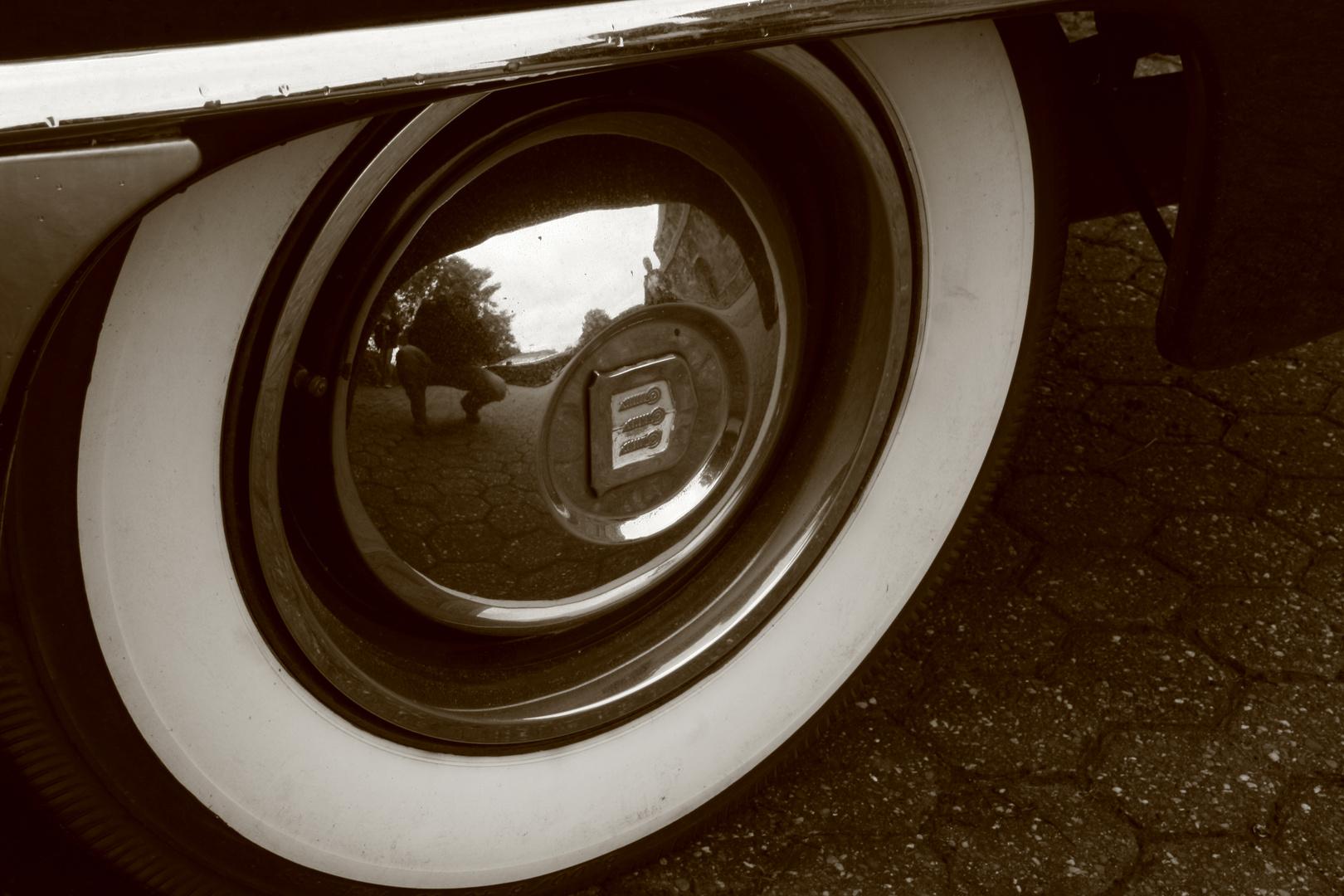 Fotograf oder Auto älter..?! ;-)