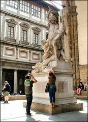 Fotografando la statua