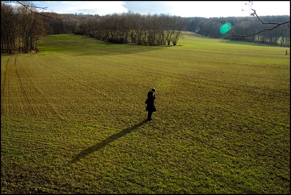 fotograf.auf.einsamer.wiese