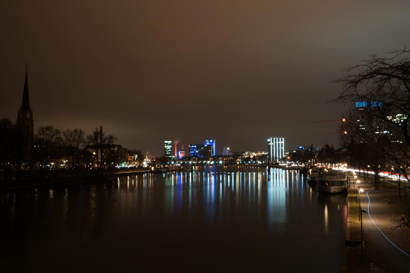 Fotopraxis - Frankfurt a. M. bei Nacht 1