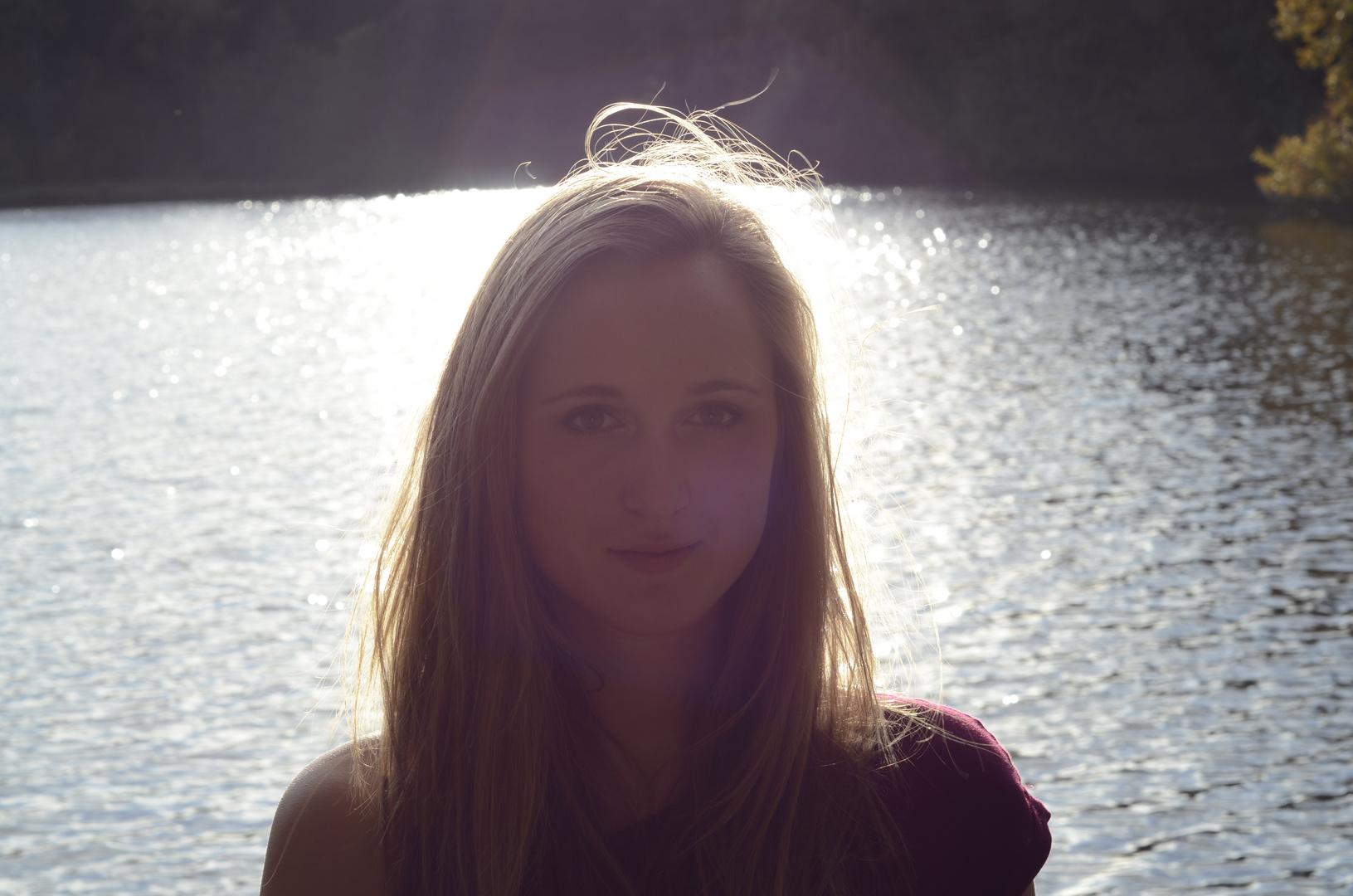 Fotoshoot am See mit Leonie
