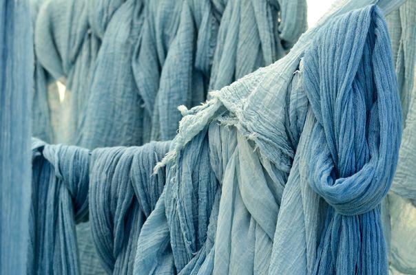 foulards teintés au pastel
