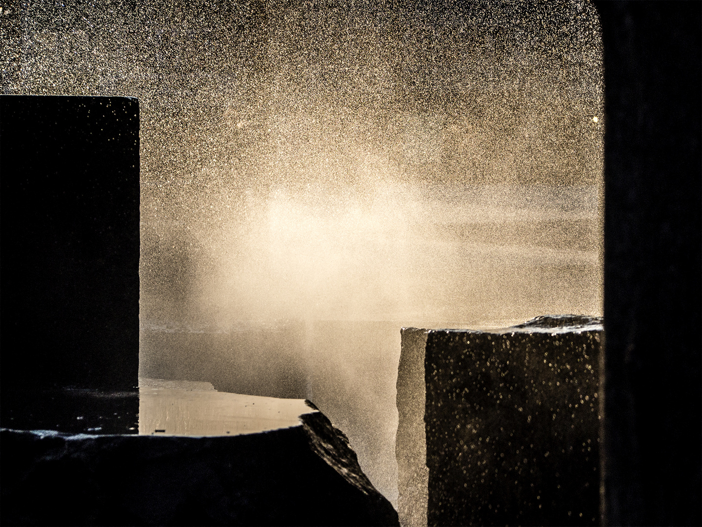 Fountain: Sun Set