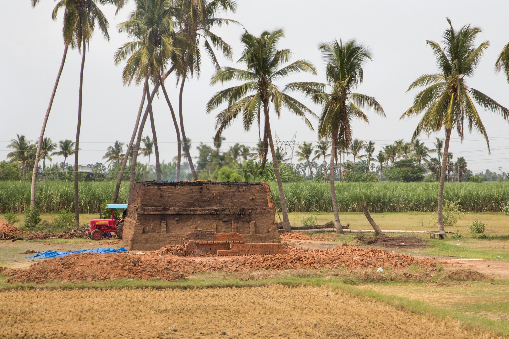 Four à briques, photographié du train qui nous a emmené de Tanjore à Chengalpattu