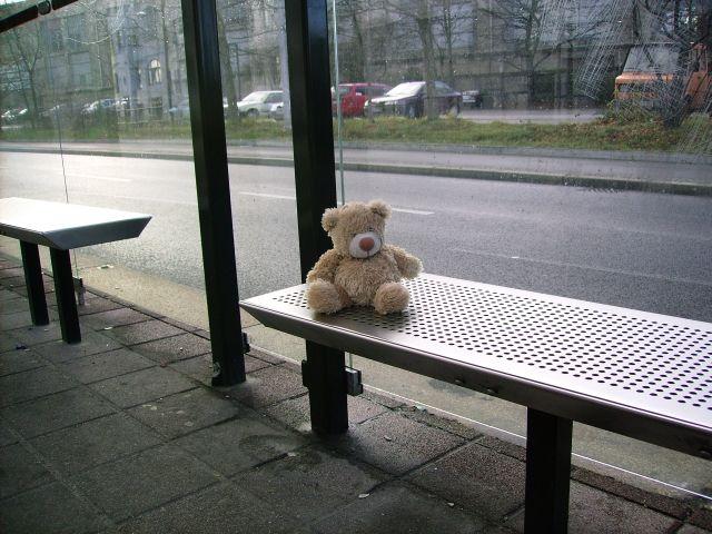 Fränkie wartet auf die Bahn ...
